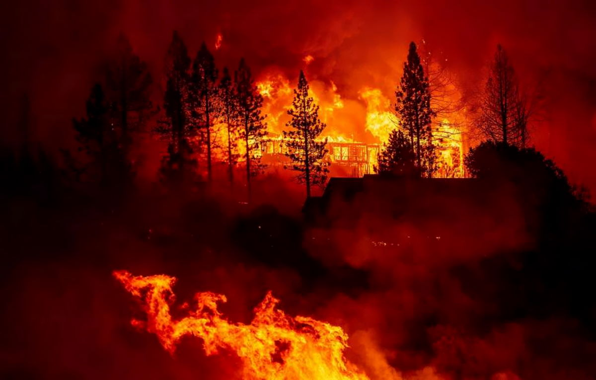 Usa, incendi in Oregon: decine di persone considerate disperse -2