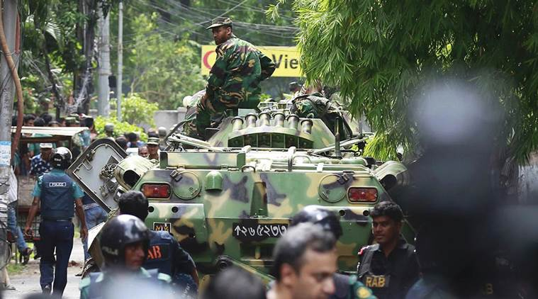 Intervento delle forze speciali nel ristorante di Dacca. 20 ostaggi uccisi. Fra loro degli italiani