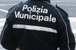 Enna. Contravvenzionato da tre vigili urbani, ora denuncia per diffamazione l'Assessore e Comandante...
