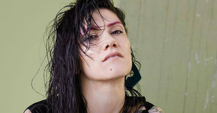 ELISA in attesa dei 4 concerti all'Arena di Verona arriva a settembre il Best of definitivo