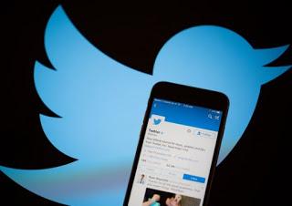 Wall Street: il titolo Twitter a picco dopo il no di Google all'acquisto