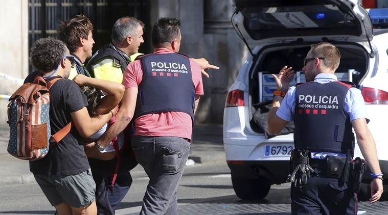 Spagna: Attacco terroristico a Barcellona, 13 morti e diversi feriti, Stato Islamico (IS) rivendica