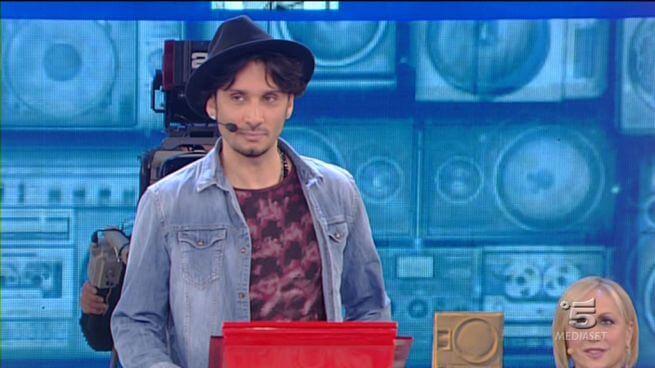 'Sono anni che ti aspetto': il nuovo singolo di Fabrizio Moro