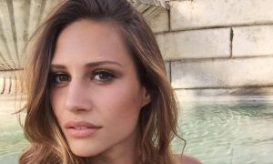 Gocce di Gossip: Valentino Rossi innamorato? Beatrice Valli rifatta?