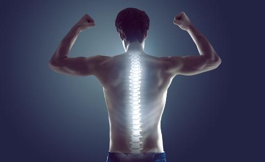 Mai sottovalutare il mal di schiena