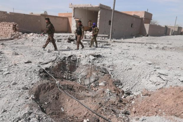 Siria: Attacchi aerei su Raqqa mentre le Forze Democratiche Siriane (SDF) avanzano a Tabqa » Guerre