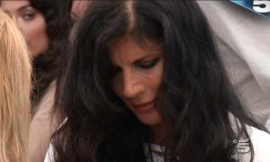 Grande Fratello Vip, Pamela Prati tenta la fuga dalla casa. E poi è silenzio