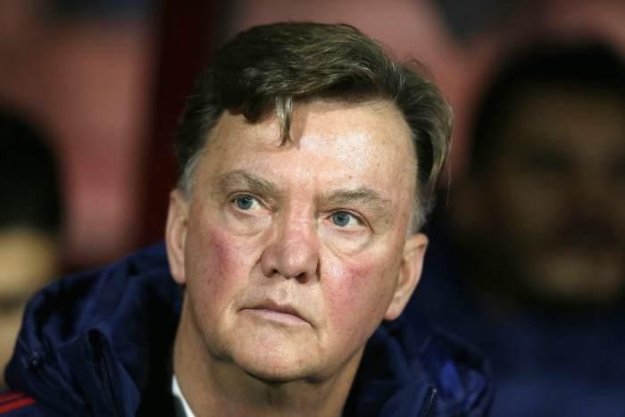 Louis van Gaal esonerato dalla guida del Manchester United. Lo sostituirà José Mourinho