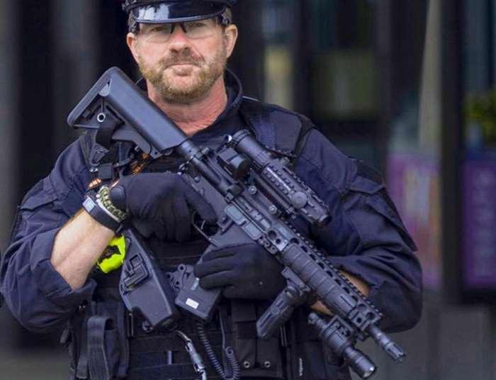 Nuovi arresti in relazione alla strage alla Manchester Arena. Fermati in Libia il padre e il fratello di Abedi