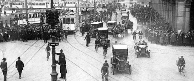 5 agosto 1914: A Cleveland installato il primo semaforo elettrico