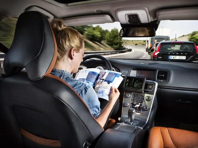 Scopriamo i livelli SAE per la guida autonoma