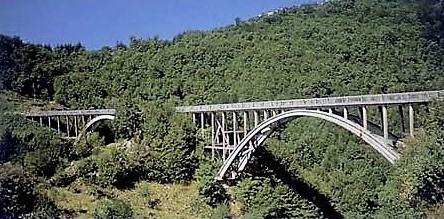 Storia di un ponte: il ponte Attilio Vergai nel comune di Villa Collemandina, era il più alto d'Europa