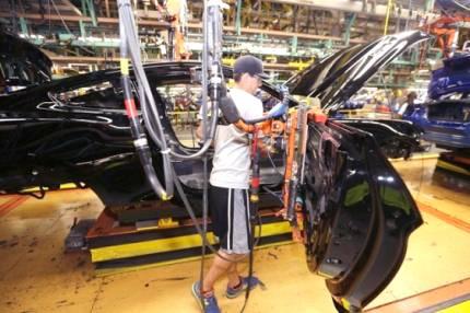 Istat: a novembre 2015 la produzione industriale è in calo