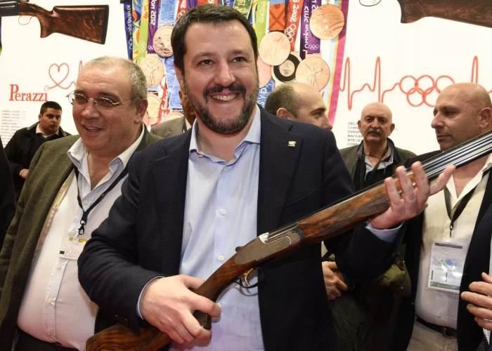 Per Salvini la difesa è sempre legittima. L'allarme dell'Associazione Nazionale Magistrati