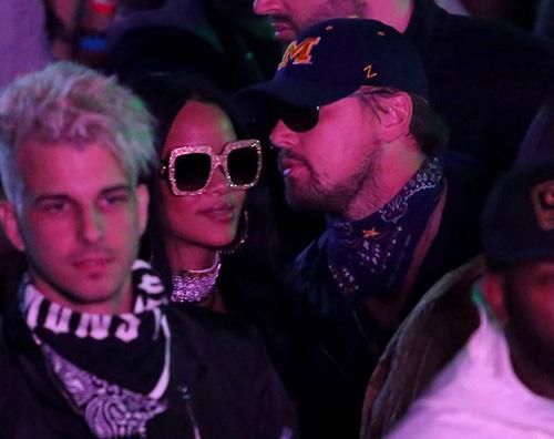 Leonardo DiCaprio e Rihanna chiacchiere al Coachella