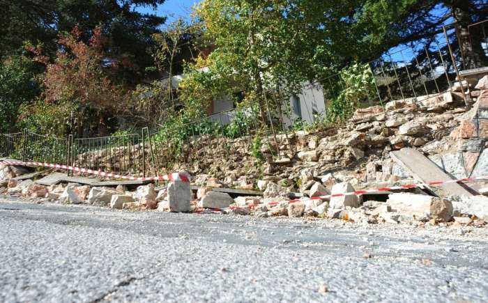 1 novembre, scossa di magnitudo 4.8. Ancora crolli tra Marche e Umbria