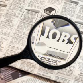 Lavoro: si sceglie la via degli amici per trovare un impiego