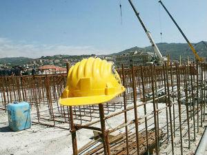 Edilizia. Fillea: dal 2008 occupazione dimezzata in Sicilia