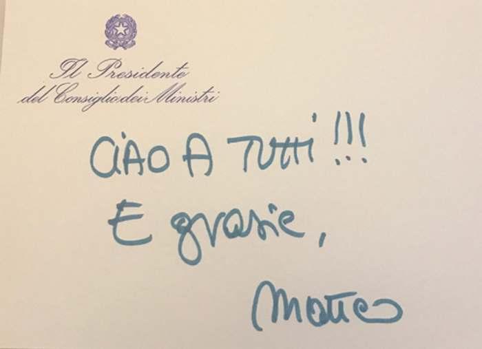 Matteo Renzi si dimette da premier e inaugura uno stallo istituzionale senza precedenti