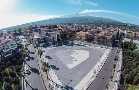 Fiumefreddo di Sicilia (Catania): Mamma butta la droga, ci sono i Carabinieri. Figlia fa arrestare papà pusher