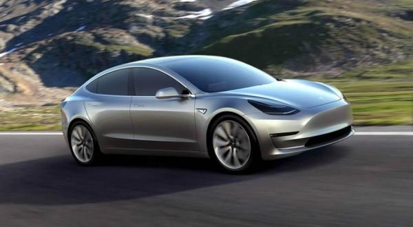 Tesla Model 3 conquista tutti