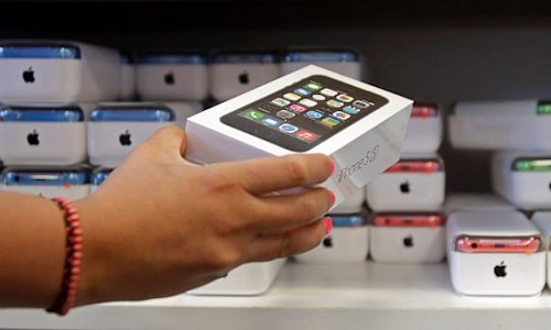 Previsto il primo calo della storia nelle vendite di iPhone