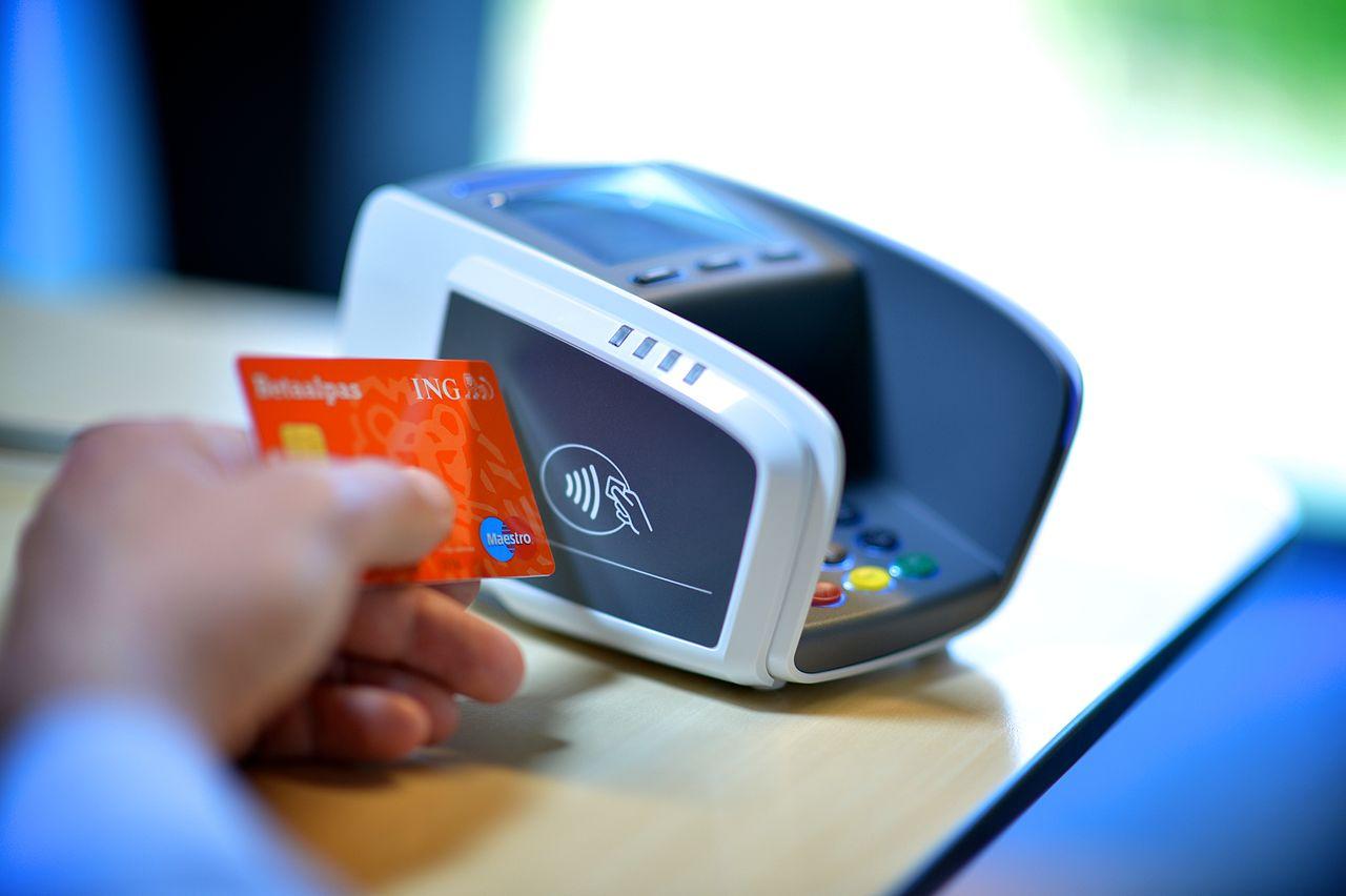 Come proteggere la vostra carta di credito contactless (e non solo) dal furto wireless dei dati