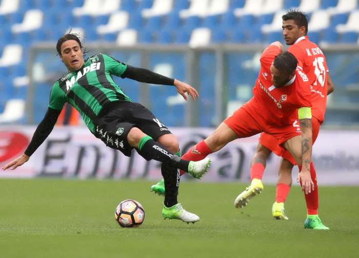 Il 2-2 tra Sassuolo e Fiorentina ha dimostrato quanto sia necessario l'uso della moviola in campo