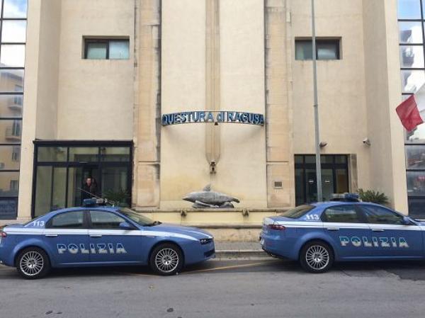 Tenta esplosione di bombola davanti la questura di Ragusa: arrestato
