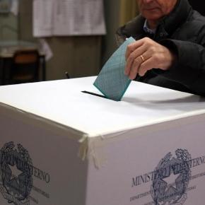 Sondaggio al 10 ottobre sul referendum costituzionale: solo il 47% ne approva i contenuti