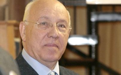 NON SIAMO MICA METALMECCANICI. Indennità parlamentari: cosa non cambia in Italia
