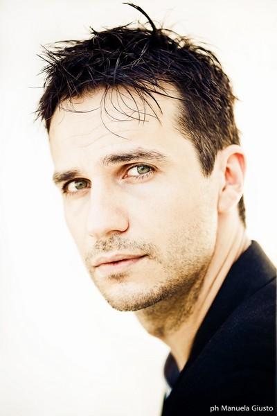 Sebastiano Gavasso, attore del momento, rilascia un'interessante intervista ad Eclipse Magazine