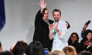 Calvin Klein: Raf Simons fa sfilare l'America