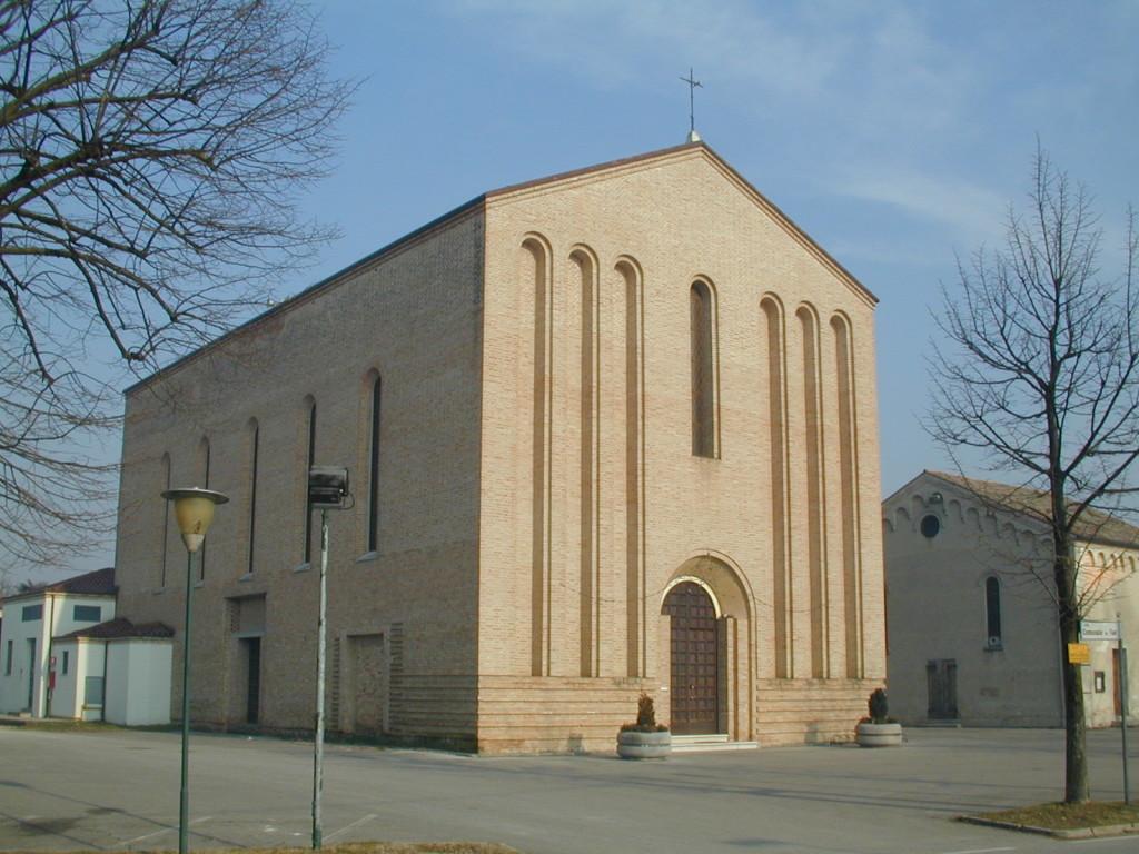 11 gennaio 1977: Crolla il campanile della chiesa di Faè