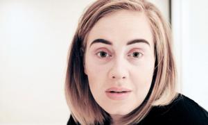 Adele, ma cosa combini? Annulla il concerto di Phoenix, perché… [VIDEO]