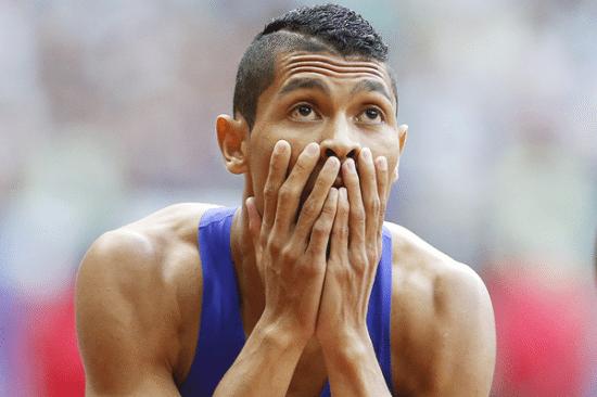 Wayde Van Niekerk e i 400 metri della vergogna, prima 43.88 poi diventato 44.11
