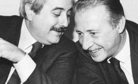 """""""Una foto di Falcone e Borsellino in ogni classe di Castelvetrano"""""""
