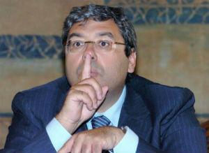 Visite in carcere a Cuffaro con falsi assistenti: processo per 28, tra cui Crisafulli e Salerno