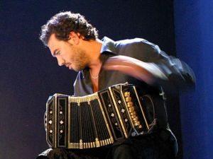 """Messina: Al Teatro Vittorio Emanuele in scena """"Suite per Bandoneòn e Orchestra"""" di Daniele Di..."""