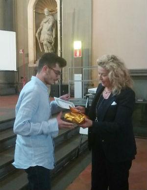 """A Firenze premiato al concorso letterario nazionale """"Giovanni Boccaccio"""" Marco Greco liceale di Enna"""
