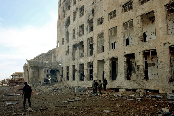 Siria: Combattenti Stato Islamico occupano ospedale prima delle forze governative siriane