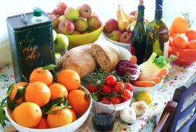 La dieta mediterranea, quella vera, fa vivere cent'anni nei Monti Sicani, la più alta concentrazione...