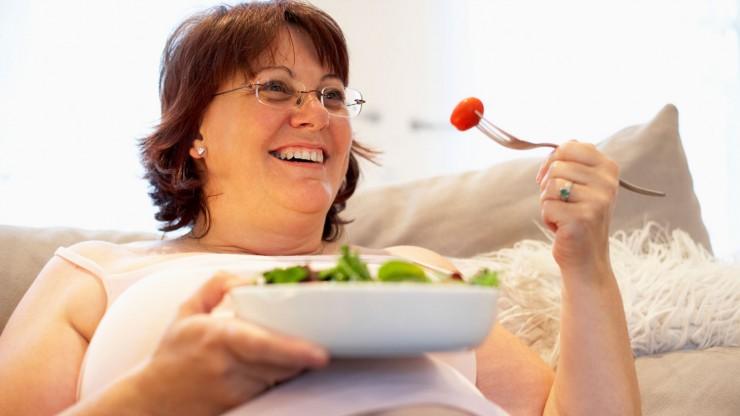 Ingrassare in menopausa: cosa fare? Ecco piccoli accorgimenti per contrastare l'aumento di peso!