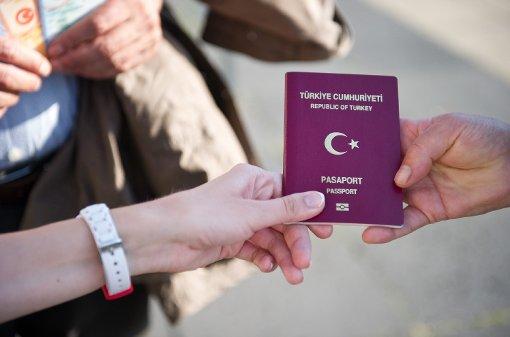 Turchia: abolizione del visto per l'ingresso in Europa o revoca dell'accordo sui migranti