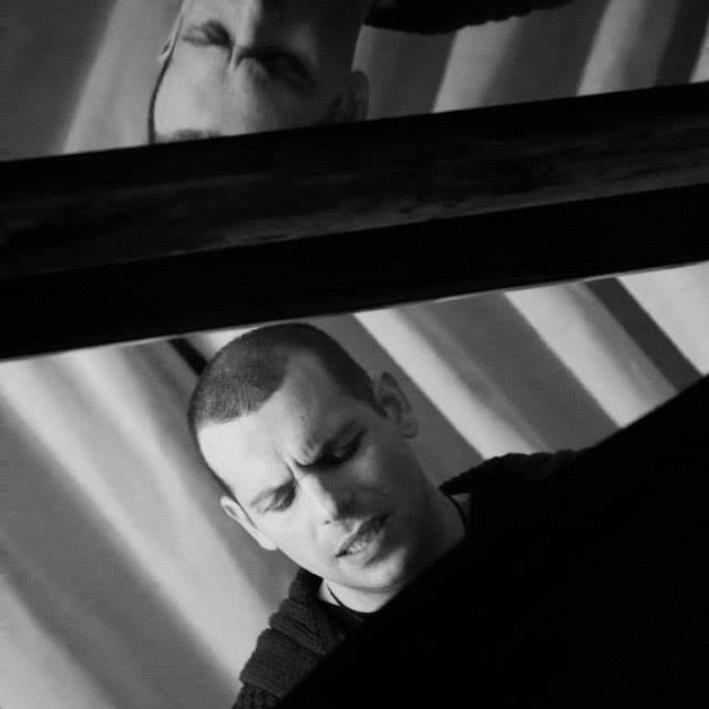 Il cantautore CHRISTIAN PALLADINO si schiera contro la musica del malaffare