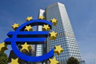 Eurozona, l'inflazione non decolla. Niente stretta monetaria