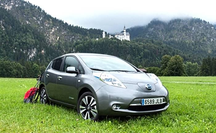 Nissan Leaf in viaggio per l'Europa: le auto elettriche non sono solo mezzi da città