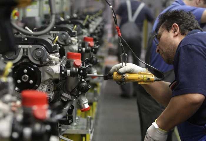 Istat: produzione industriale in calo a maggio 2016