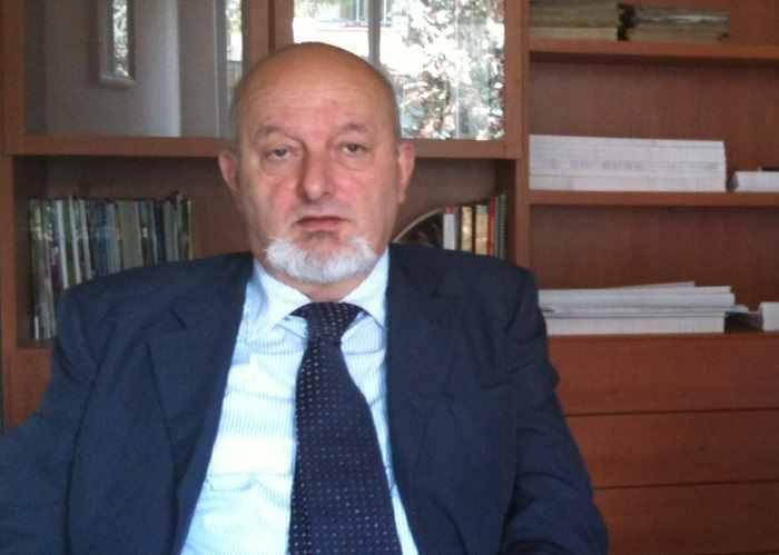 Tiziano Renzi, ovvero il facilitatore ai tempi di Matteo, indagato per il mega appalto Consip