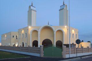 Sesto San Giovanni nuovo covo dei terroristi? Intanto ecco la nuova moschea